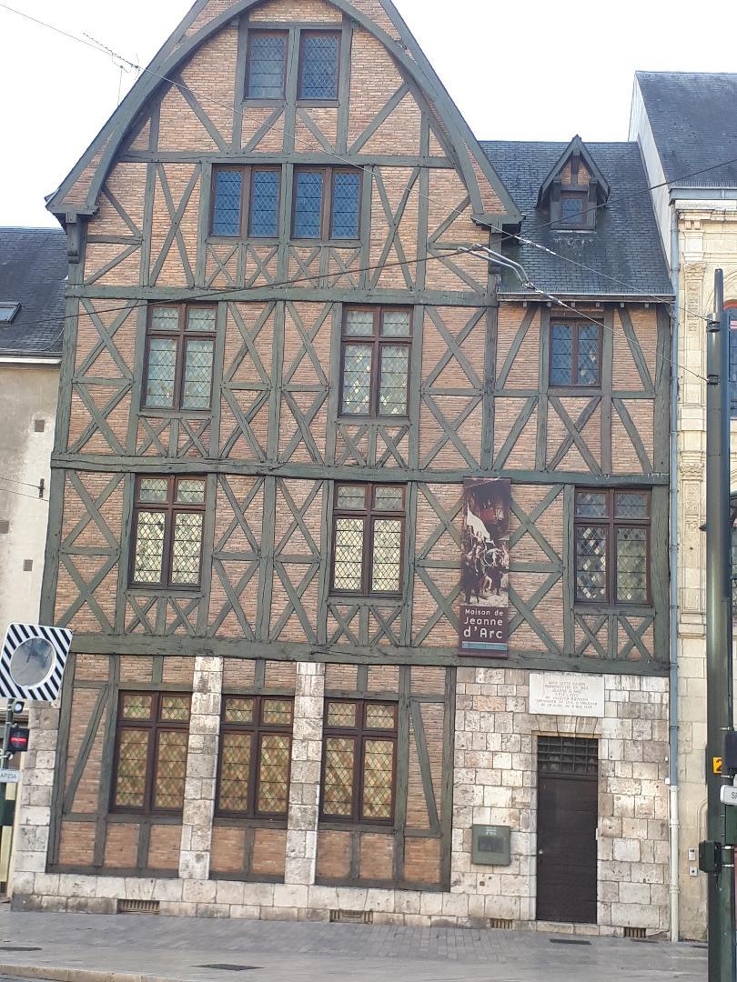 orleans maison jeanne d'arc sep21