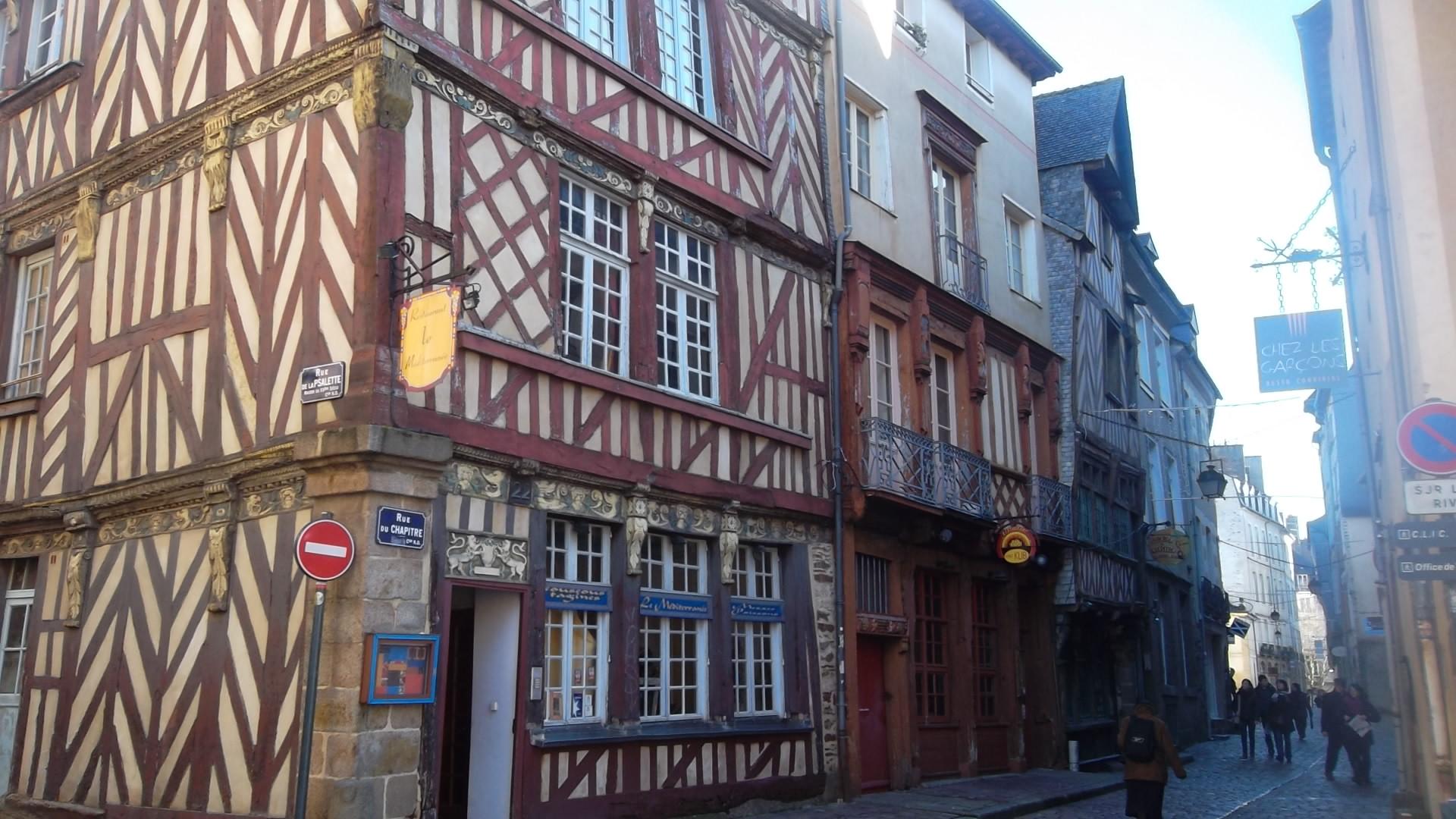 rennes-rue-du-chapitre-maisons-en-bois-dec13