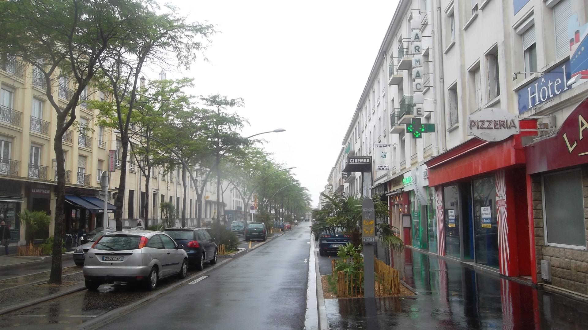 st-nazaire-ave-de-la-republique-to-hotel-de-ville-jun13